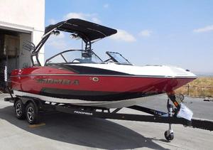 New Moomba Mondo Ski and Wakeboard Boat For Sale