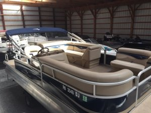 Used Bennington 20 SL Pontoon Boat For Sale