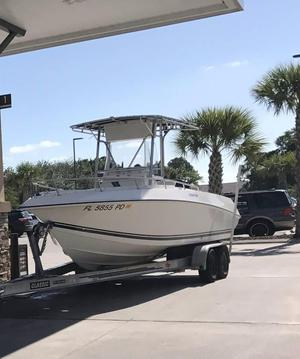 Used Fountain 25 Center Console Ski and Fish Boat For Sale