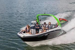 New Yamaha 212X Bowrider Boat For Sale