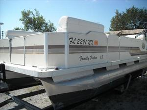 Used Fiesta 18' Family Fisher CC Pontoon Boat For Sale