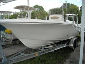 New Pioneer 220 Bay Sport Center Console Fishing Boat For Sale