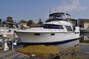 Used Carver 4207 Motor Yacht Motor Yacht For Sale