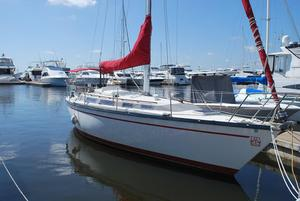 Used Dufour 4800 Racer and Cruiser Sailboat For Sale