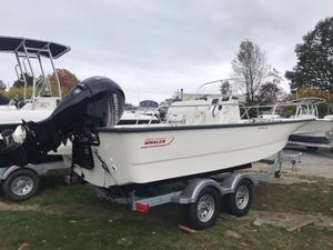 New Boston Whaler 190 Montauk Center Console Fishing Boat For Sale