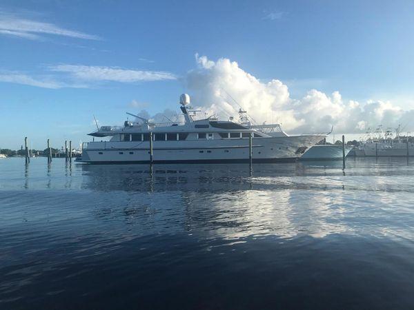 Used Benetti Custom Lloyds M.Y. Motor Yacht For Sale