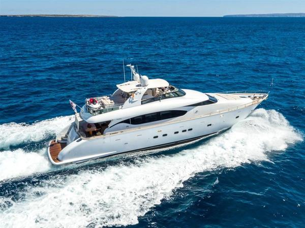 Used Maiora 24S FLY Motor Yacht For Sale