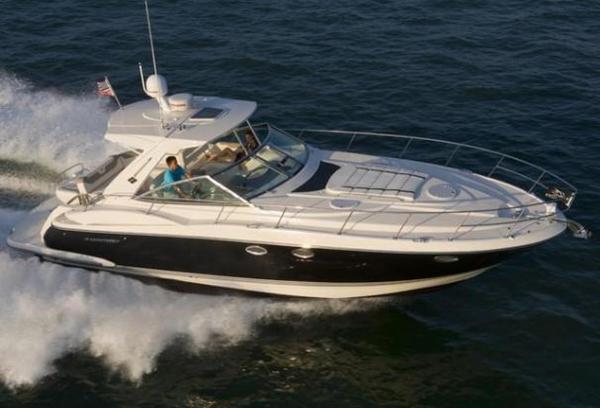 New Monterey 400 Sport Yacht Cruiser Boat For Sale