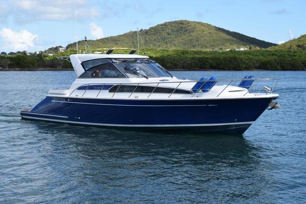 Used Chris-Craft 43 Roamer Cruiser Boat For Sale