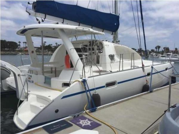 Used Robertson & Caine Leopard 40 Catamaran Sailboat For Sale