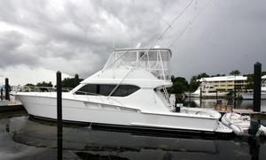 New Hatteras 60 Convertible Boat For Sale