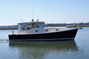 New Mainship 34 Pilot Sedan-hardtop Downeast Boat For Sale