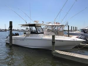 New Boston Whaler 320 Outrage Saltwater Fishing Boat For Sale