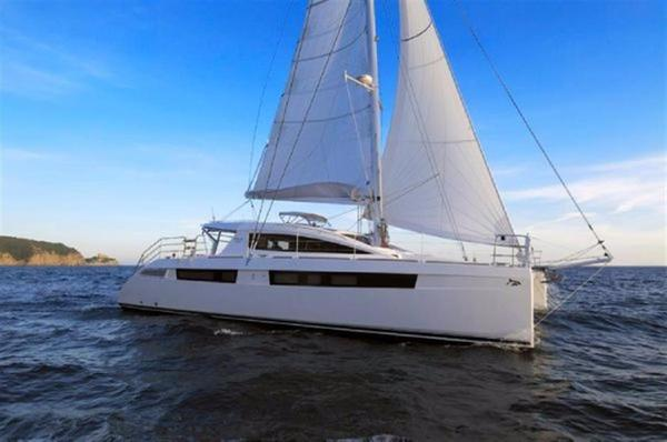 Used Privilege Series 5 Catamaran Sailboat For Sale
