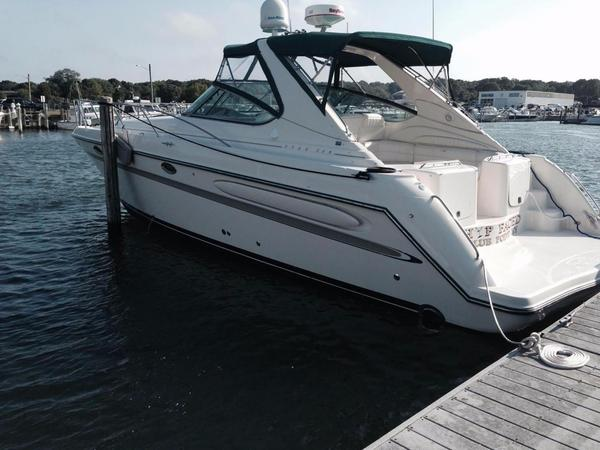 Used Maxum 3900 SCR Express Cruiser Boat For Sale