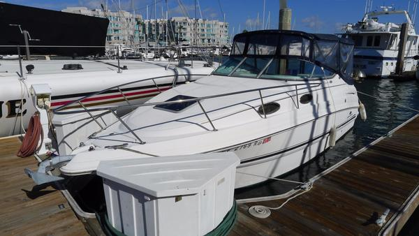 New Chaparral 260 Signature Express Cruiser Boat For Sale