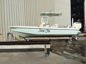 New Everglades 243 BAY Center Console Boat For Sale