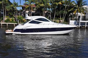 New Cruisers Yachts 520 Sports Coupe Express Cruiser Boat For Sale