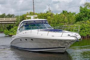 New Sea Ray Sundancer Sports Cruiser Boat For Sale