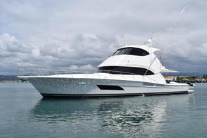 New Riviera ENCLOSED FLYBRIDGE Convertible Boat For Sale