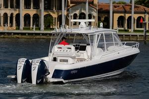 New Intrepid 375 Walkaround Center Console Boat For Sale