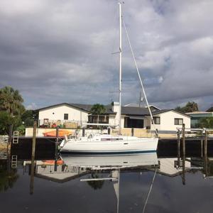 Used Beneteau America OC 37 Sloop Sailboat For Sale