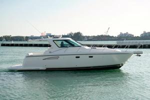 New Tiara 3600 Sovran Cruiser Boat For Sale