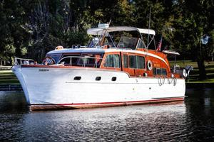 Used Chris Craft Flybridge Motor Yacht Motor Yacht For Sale
