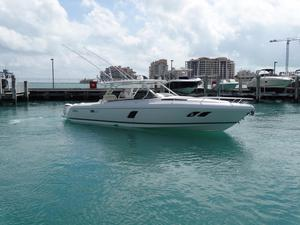 New Intrepid Cuddy Express Cruiser Boat For Sale