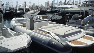 New Pirelli PZERO 880 Luxury Edition Tender Boat For Sale