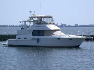 New Carver 404 Cockpit Motor Yacht Motor Yacht For Sale