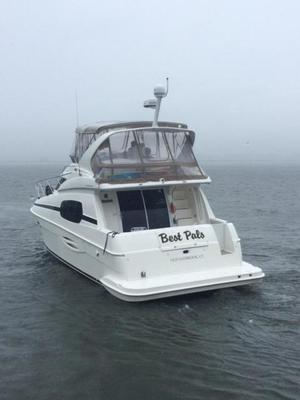 New Silverton 410 Sport Bridge Motor Yacht For Sale