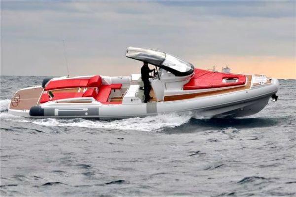 New Pirelli PZERO 1100 CABIN Sports Cruiser Boat For Sale