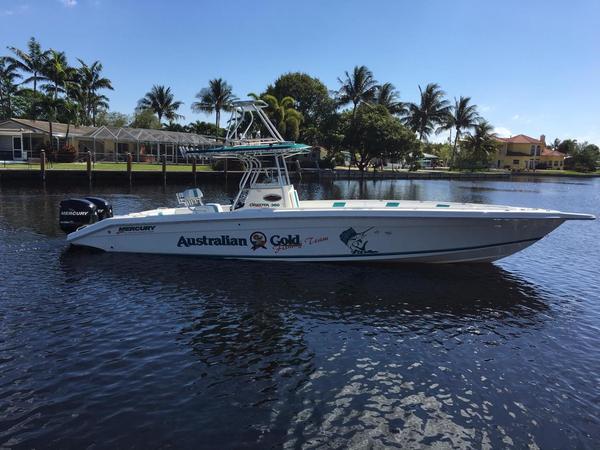 Used Dakota 360 SF Center Console Fishing Boat For Sale
