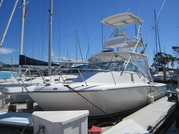 Used Rampage Express Cruiser Boat For Sale