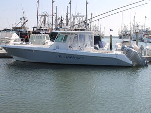Used Everglades 355 CC Center Console Fishing Boat For Sale