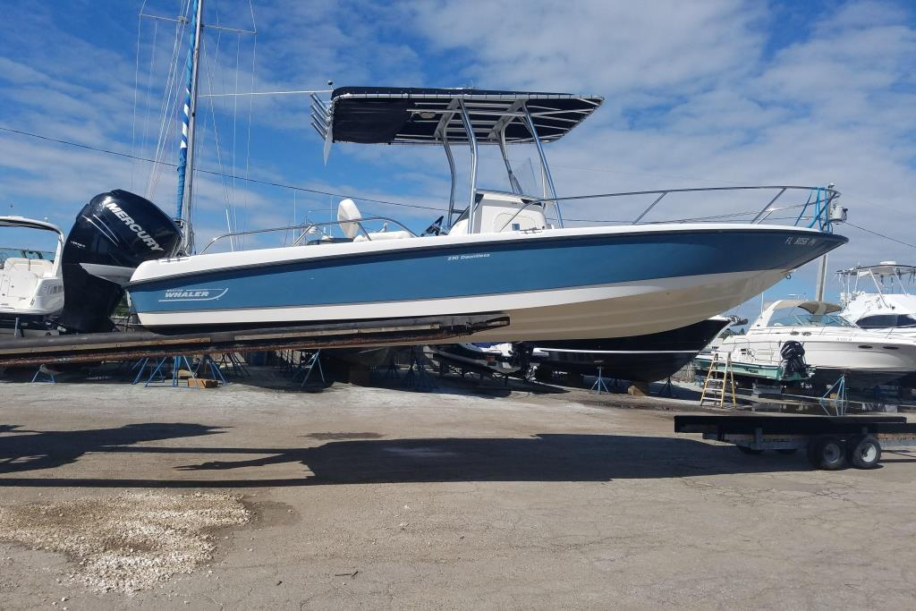 Boston Whaler 230 Dauntless Boats For Sale | Moreboats com