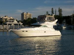 New Sea Ray 400 Sedan Bridge Motor Yacht For Sale