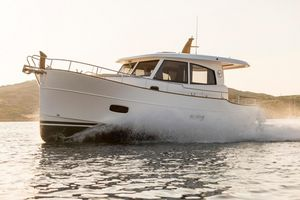 New Minorca Islander 34 Express Cruiser Boat For Sale