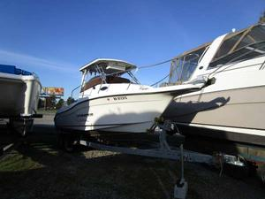 Used Striper 2301 Walkaround HT Walkaround Fishing Boat For Sale