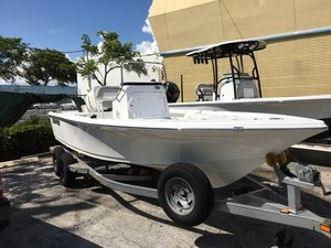 New Sea Pro 208 DLX Bay Series Bay Boat For Sale