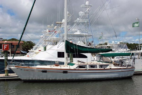 Used Gulfstar 39 Sailmaster Cruiser Sailboat For Sale