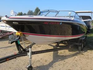 Used Four Winns 220 Horizon Runabout Boat For Sale
