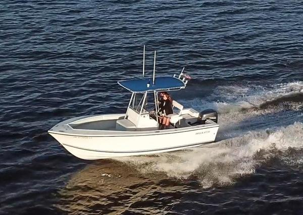 Used Regulator Classic Center Console Fishing Boat For Sale
