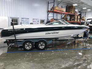 Used Mastercraft MariStar 230 Ski and Wakeboard Boat For Sale