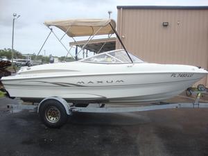 Used Maxum Marine 1800 SR Bowrider Boat For Sale