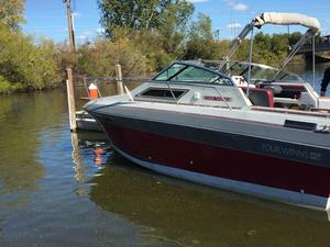 Used Four Winns 245 Vista Cruiser Boat For Sale