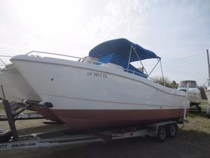 Used World Cat 246 Catamaran Freshwater Fishing Boat For Sale