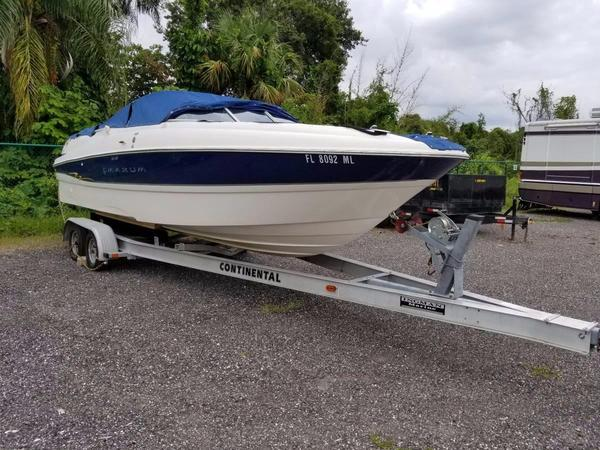 Used Maxum 2400 SD Runabout Boat For Sale