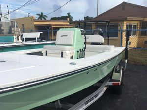 New Hewes Redfisher 18Redfisher 18 Center Console Fishing Boat For Sale